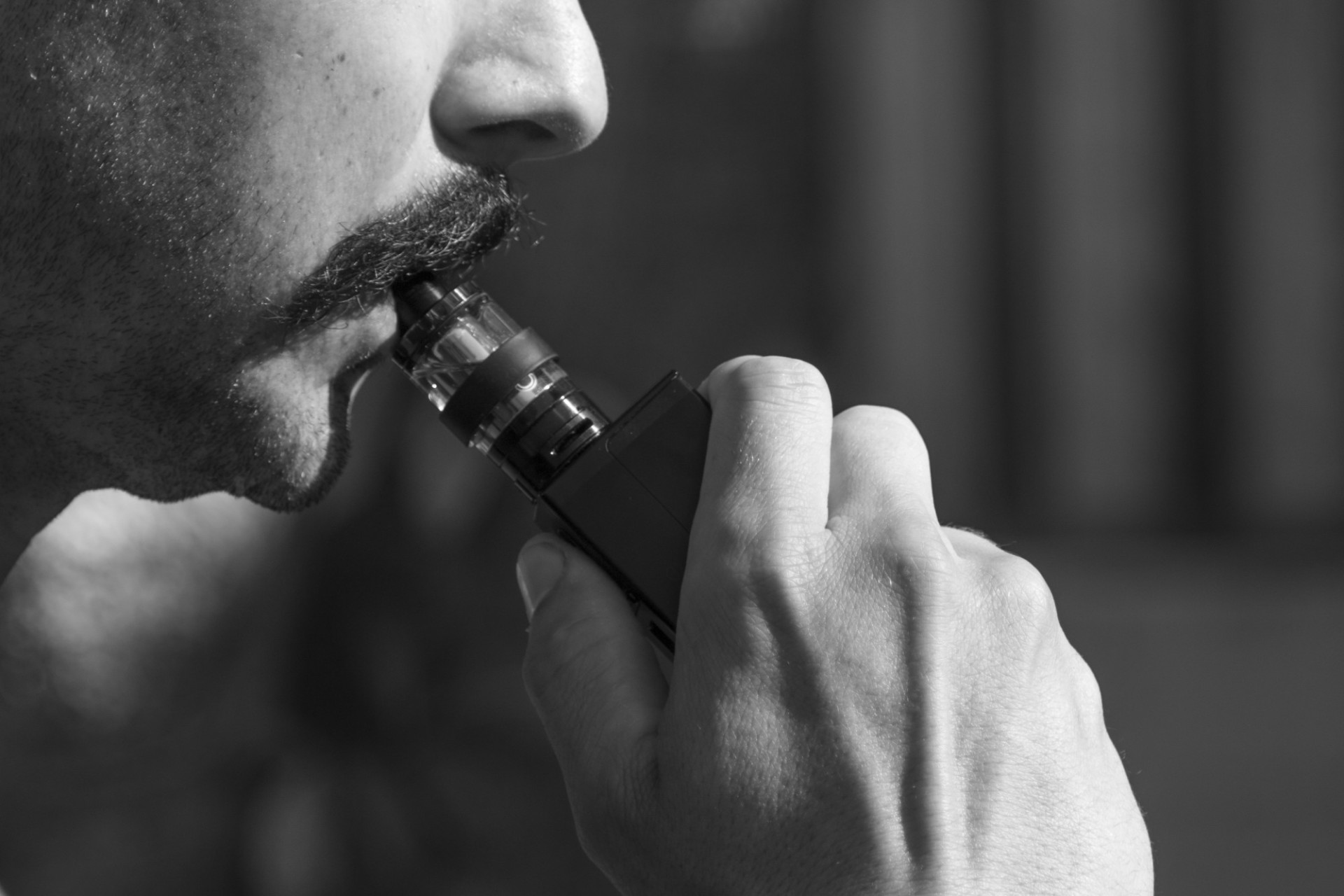 PG vs VG: What They Are and How to Use Them When Vaping